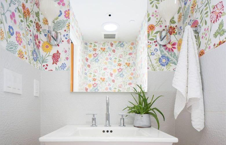 Дизайн туалета рядом с кухней
