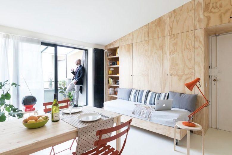 шкафы и диван