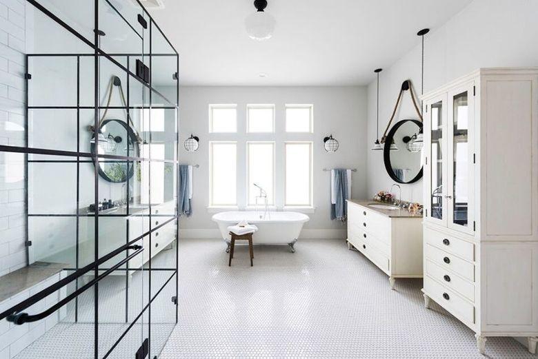 ванная светлая и нейтральная палитра