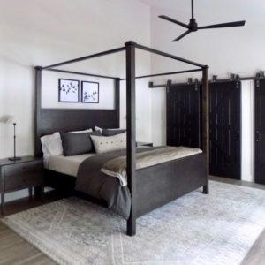 Кровать с балдахином без усложнения