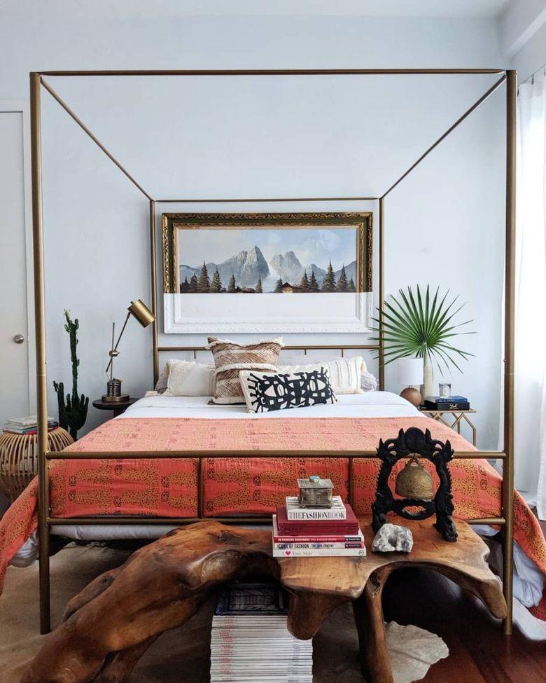 Кровать минималистская рама
