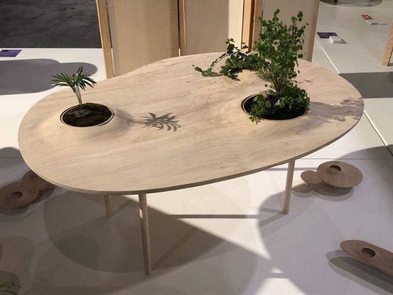 столик как пейзаж