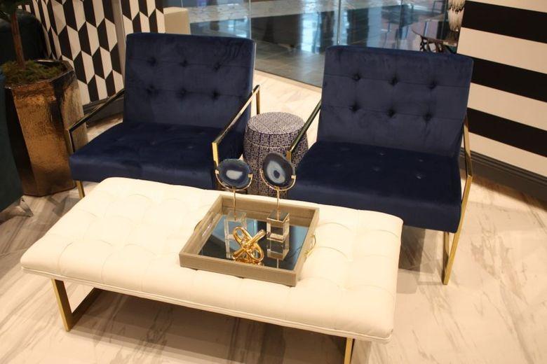 темно синие стулья