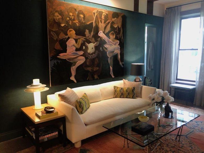 картина и диван