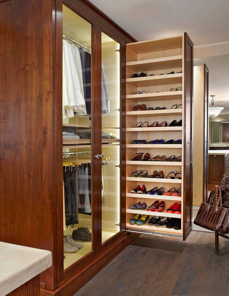 шкаф в спальне, который выдвигается