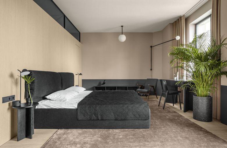 Бежевый основной цвет в спальне