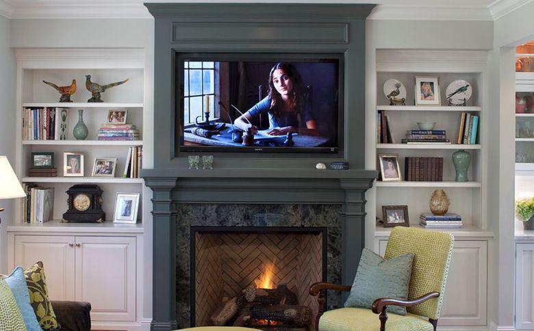 ТВ над камином