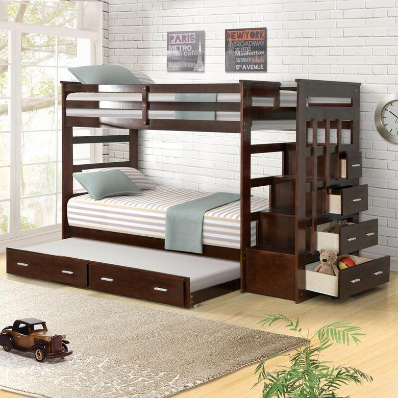 Двухъярусная кровать фото традиционный вид