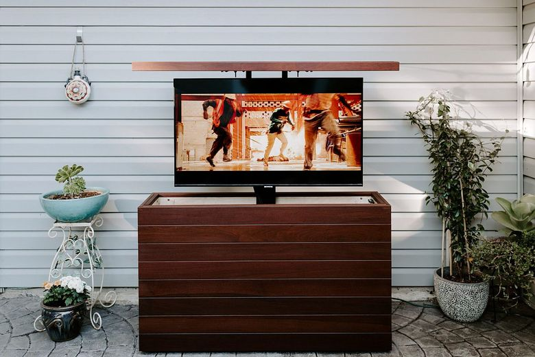 Большой телевизор тумба из орехового дерева