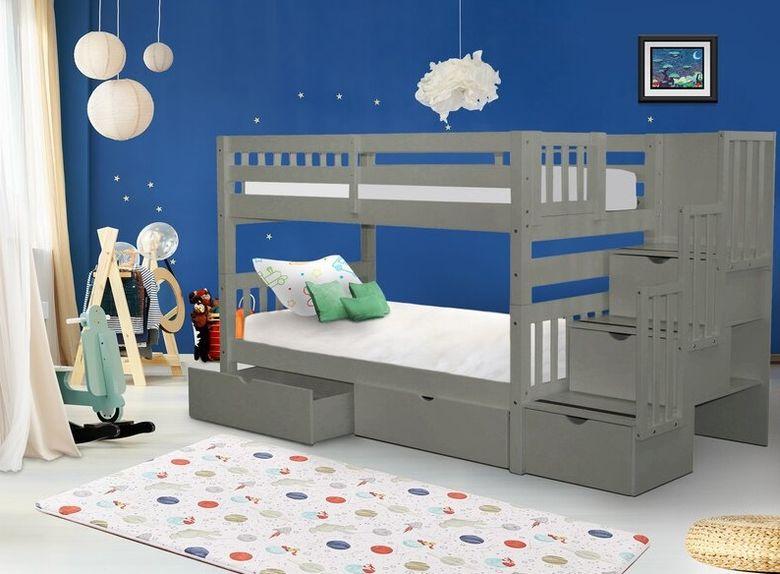 Двухъярусная кровать фото со встроенными ящиками