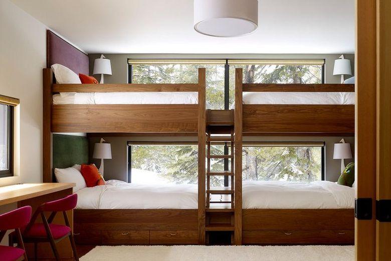 Двухъярусная кровать фото для четырех человек