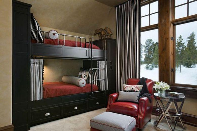 Двухъярусная кровать фото на платформе с местом для хранения