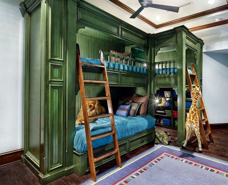Двухъярусная кровать фото традиционные