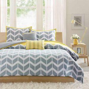 Цвета для спальни серый и желтый
