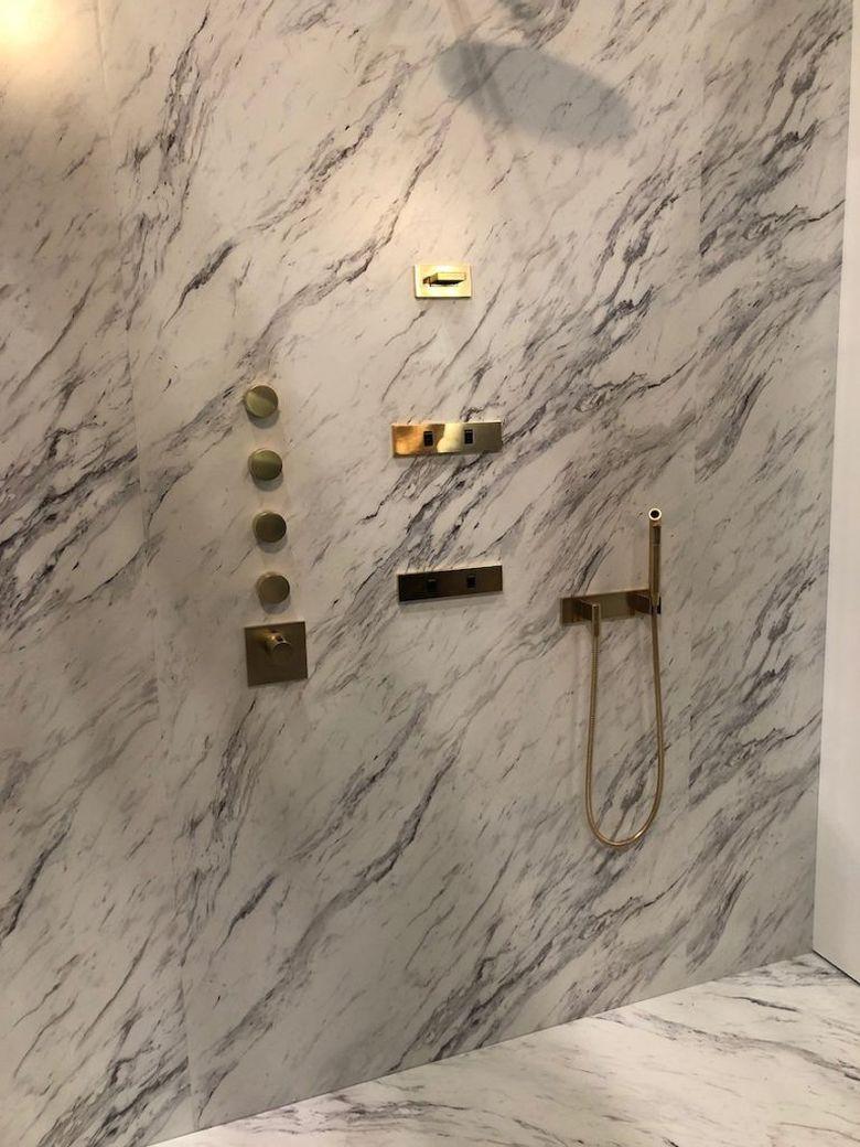 Современные ванные комнаты душевые приспособления