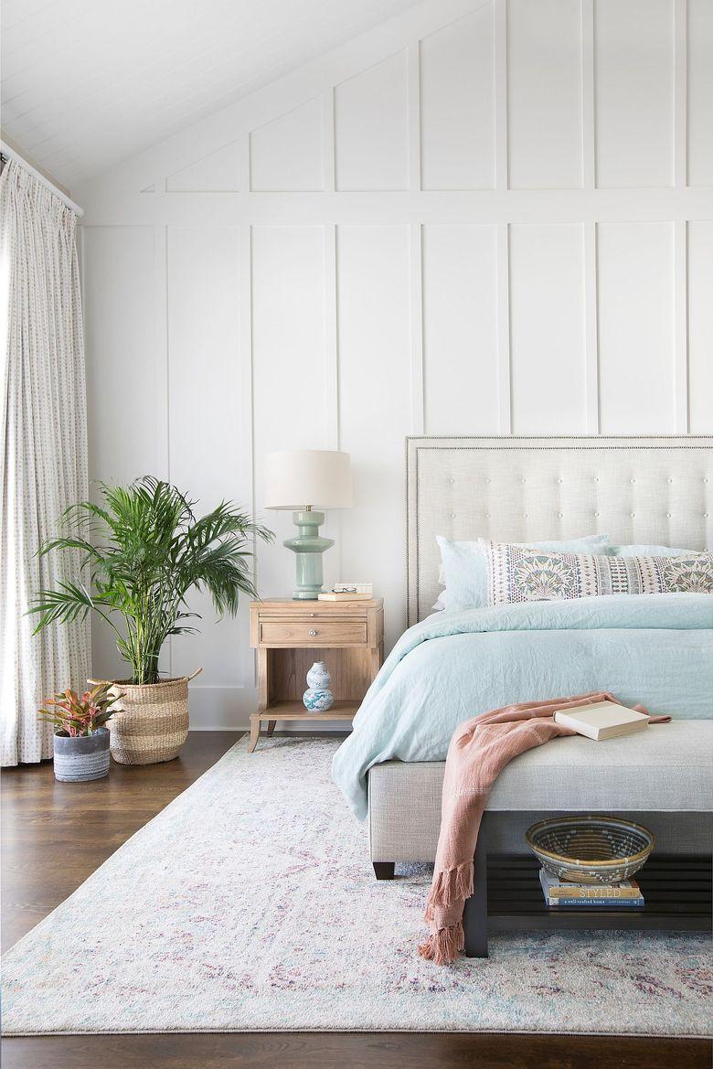 Цвета для спальни в расслабляющем пляжном стиле