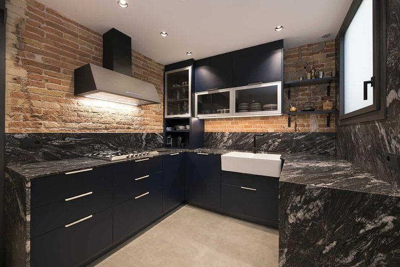 Квартира лофт кухня