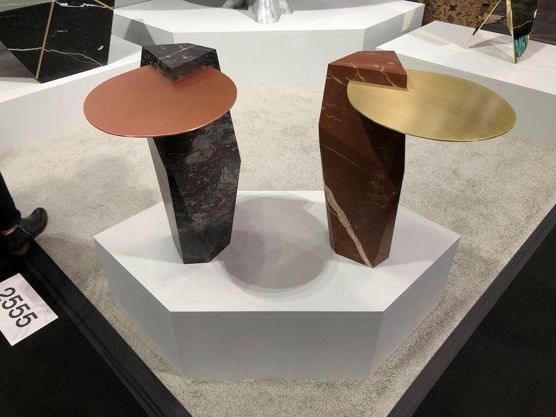 Интересная мебель столики для напитков