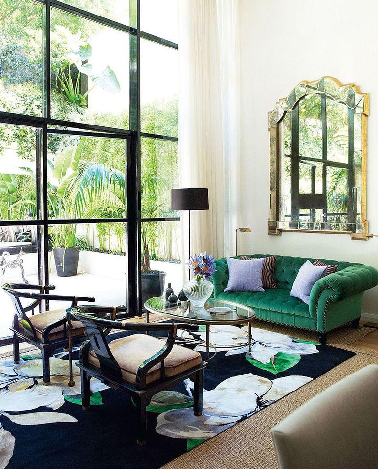 Идеи для гостиной темно-зеленый диван