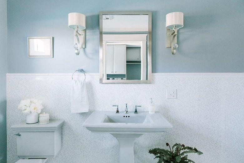 Туалетная комната много синего