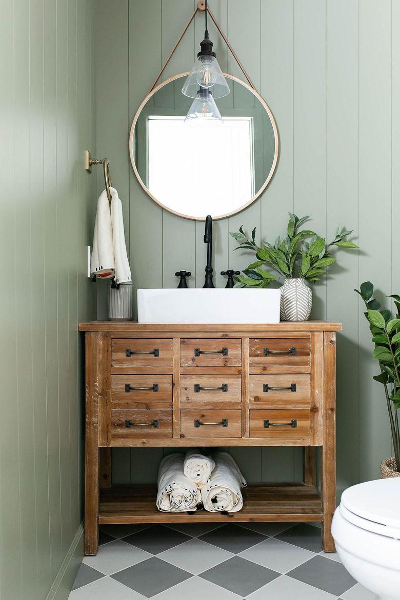 Туалетная комната астельно-зеленого цвета