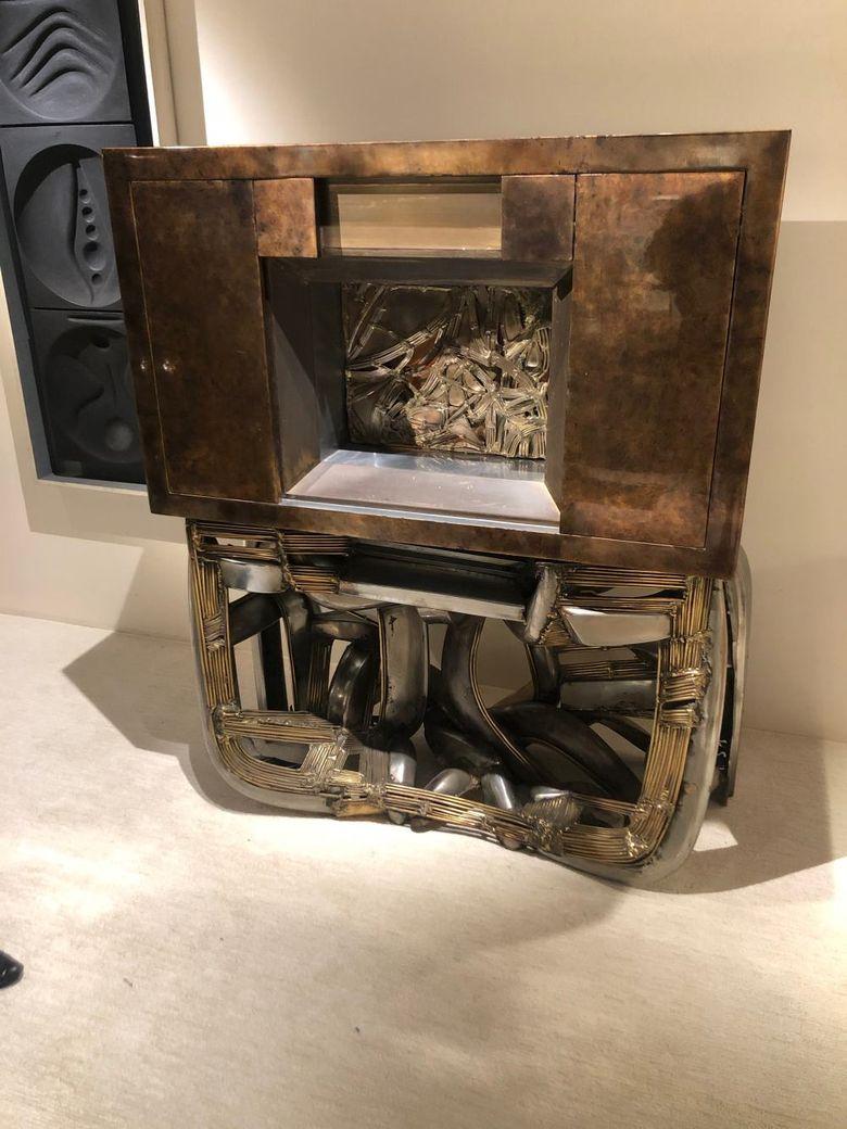 Интересная мебель бруталистский шкаф Magen H