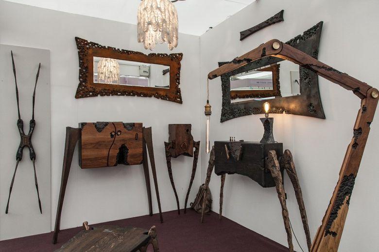 Напольная лампа из дерева торшер