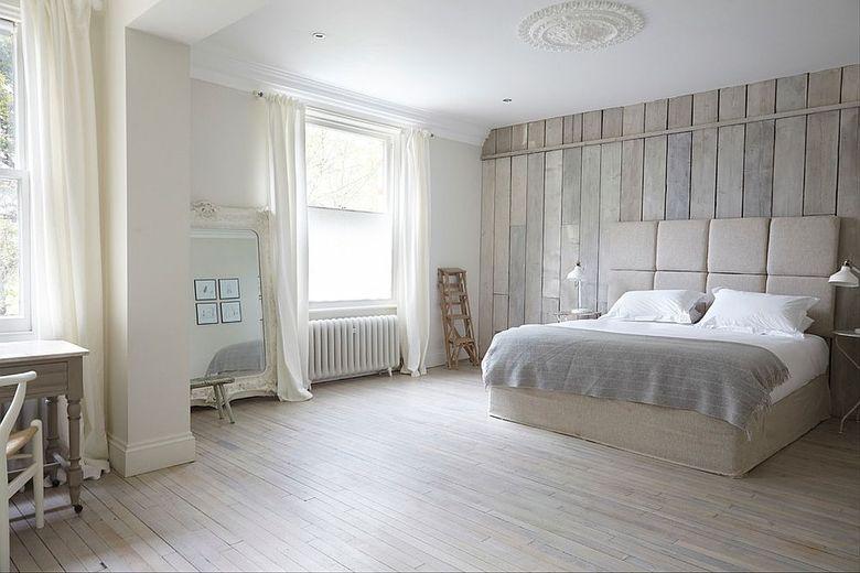 Акцентная стена в спальне в белом цвете