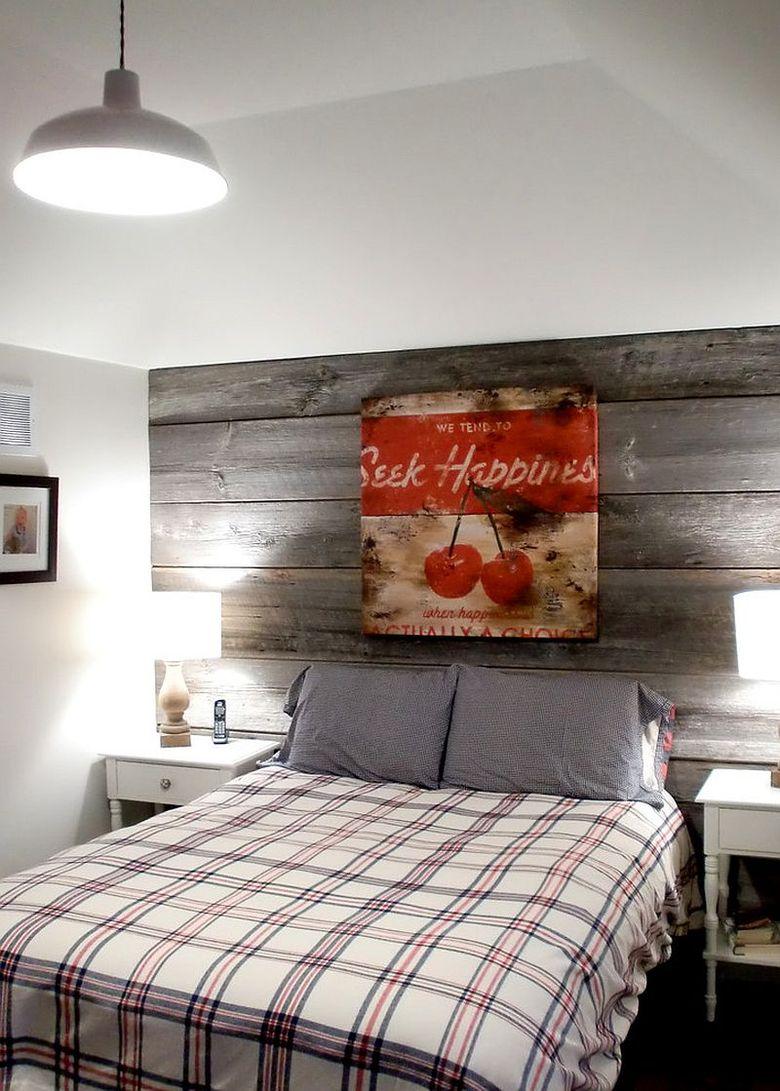 Акцентная стена в спальне в фермерском стиле