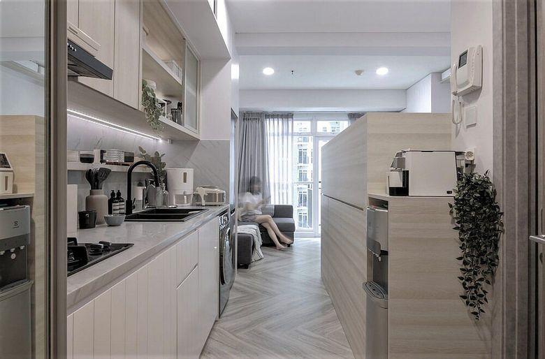 Дизайн маленькой квартиры платформа с кроватью