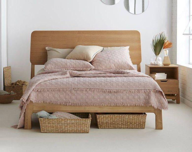 Идеи для спальни корзина для хранения под кроватью