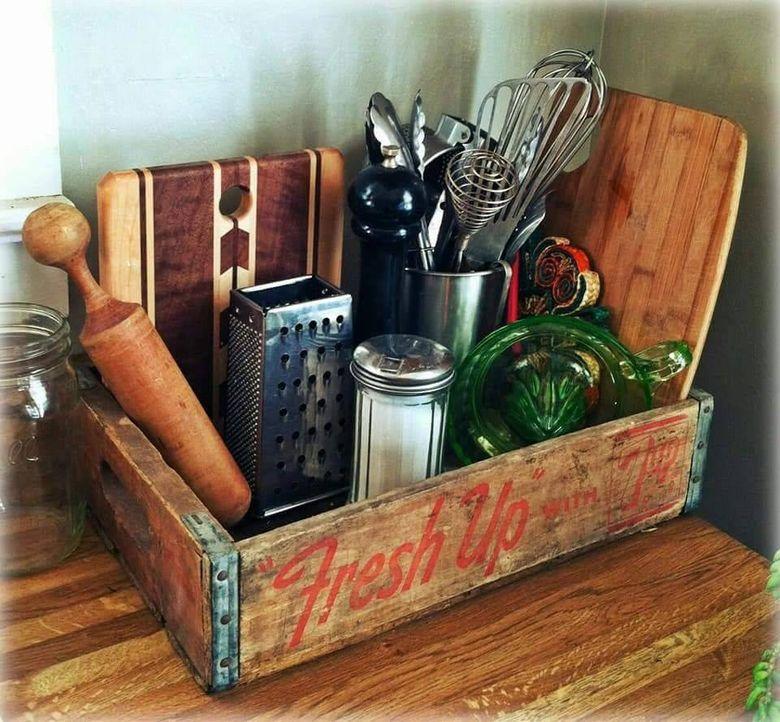 Кухня в стиле ретро стойка для специй